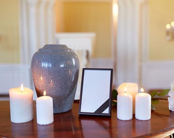 urne et bougies
